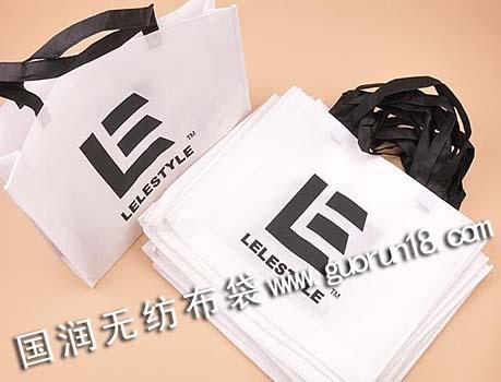 国润供应辽宁省无纺布袋,环保袋,购物袋,手提袋,门套