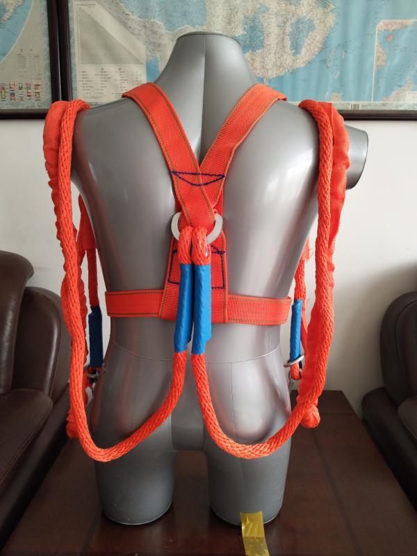 丙纶安全带:双小钩3米,材质:丙纶高强¥40