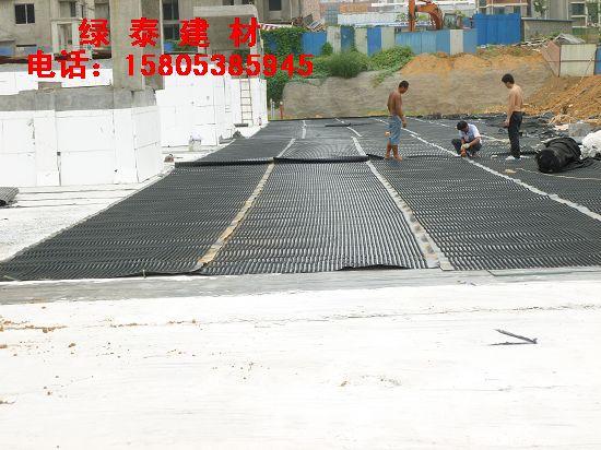 连云港屋顶绿化种植排水板≌车库阻根排疏板