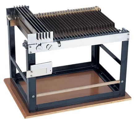 Y131梳片式羊毛长度分析仪