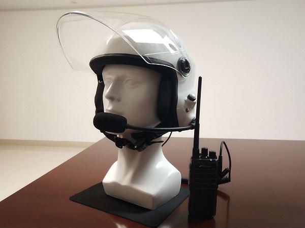 航空通讯头盔