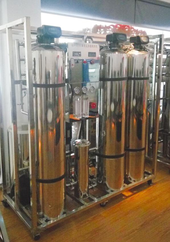 纯水发生器
