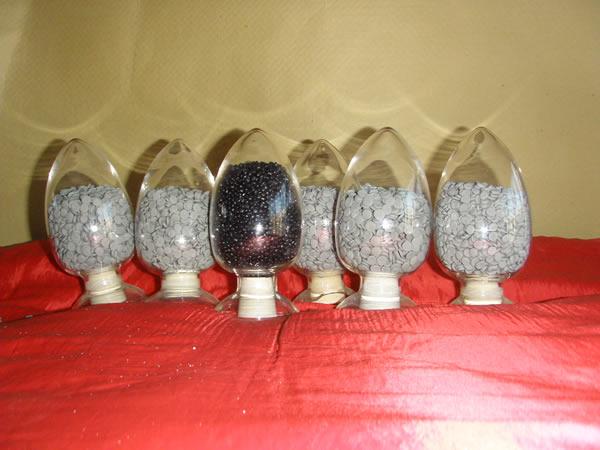 塑料除潮剂・塑料消泡母料・吹膜消泡母料